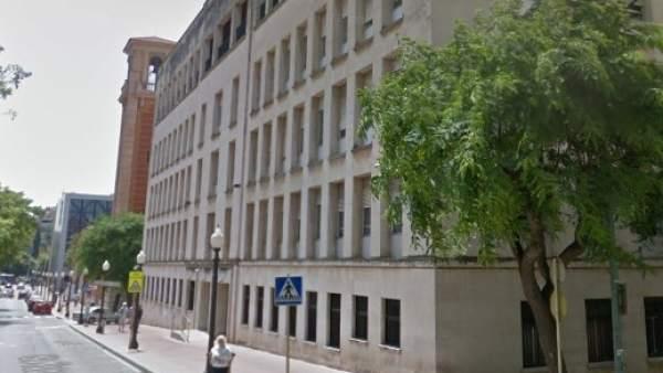 Fachada de la Audiencia Provincial de Tarragona