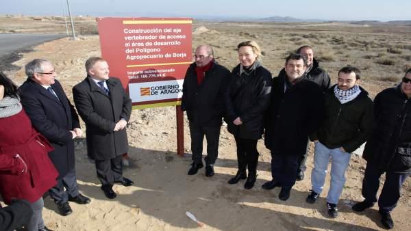El Presidente de Aragón visita el polígono industrial de Borja.