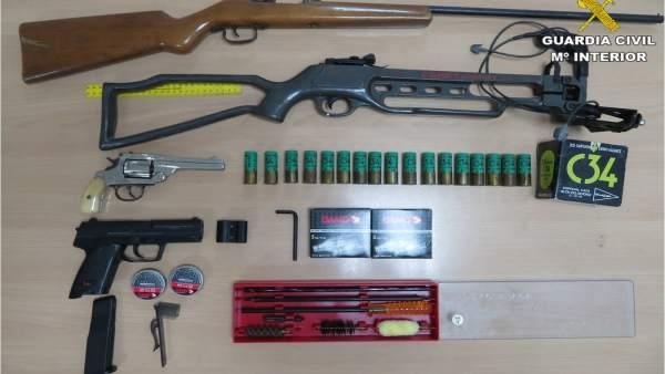 Armas incautadas por la Guardia Civil en El Campello