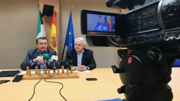 El delegado del Gobierno en Andalucía, Antonio Sanz, en rueda de prensa
