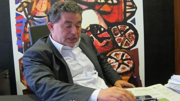 Miguel Anxo Fernández Lores