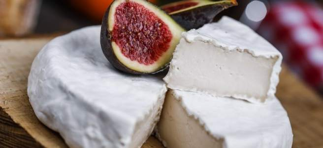 Camembert vegano