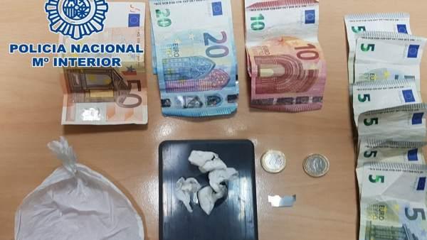 Nota De Prensa:'La Policía Nacional Detiene A Un Hombre Por Tráfico De Drogas En