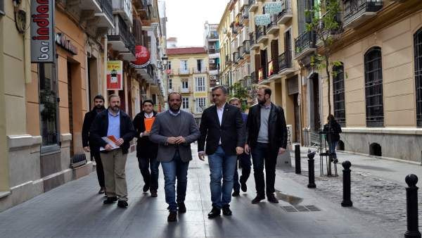 Juan Cassá calle nosquera contra La invisible málaga edificio municipal gestión