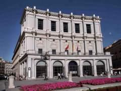 El Teatro Real recorre sus 200 años en un libro