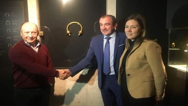Acto de la Colección Álvaro Gil con la Diputación de Lugo