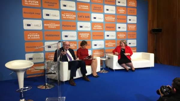 Phil Hogan, Isabel García Tejerina y Clara Aguilera.