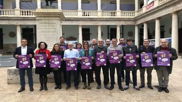 """Una """"gran festa"""" reivindicarà la """"dignitat"""" de l'educació en valencià el dissabte a València"""