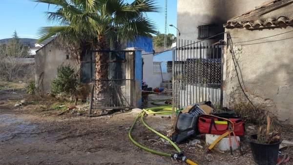 Vivienda afectada por el fuego en Ontinyent