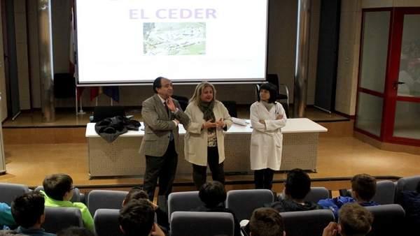 Celebración del Día Internacional de la Mujer y la Niña en la Ciencia