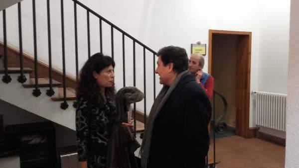 Fernández Carriedo conversa con Ana Redondo
