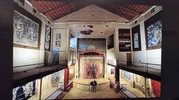 Interior del teatro de la Defensora en Sóller