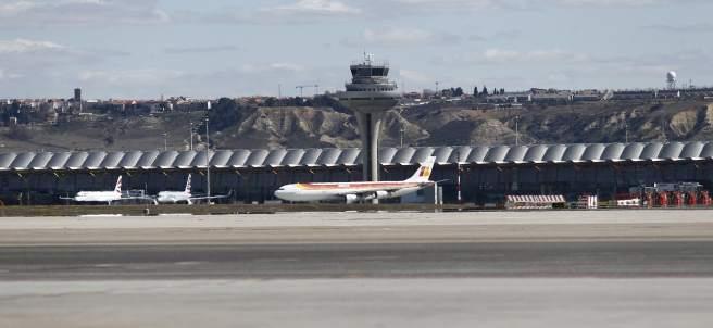 Imagen de la torre de control del Aeropuerto de Barajas.