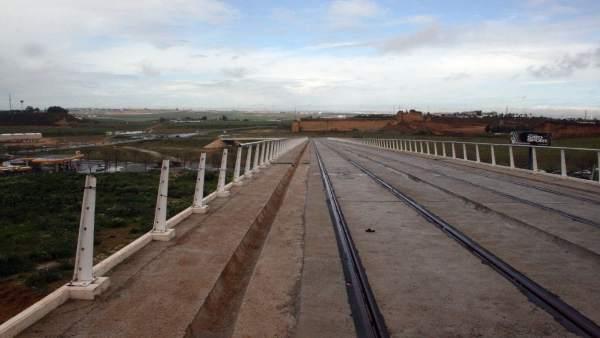 La plataforma del tranvía de Alcalá afectada por el robo