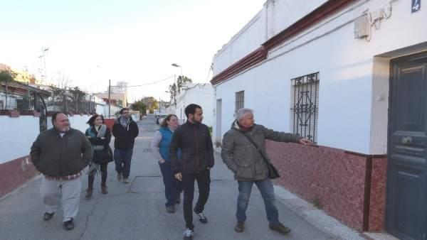 Rojas en el barrio de Guadaíra