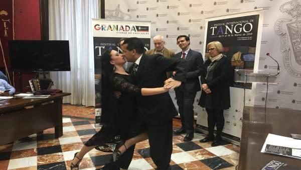 Presentación del festival de tango