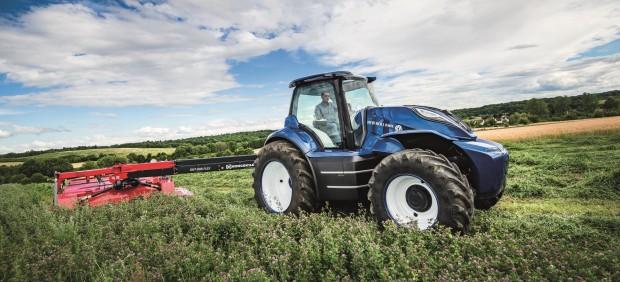El futuro de la agricultura sostenible: heces de vaca y tractores de biometano