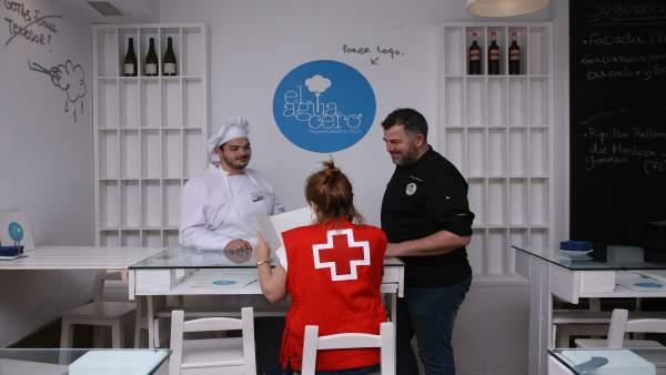 Cruz Roja colabora en la inserción laboral