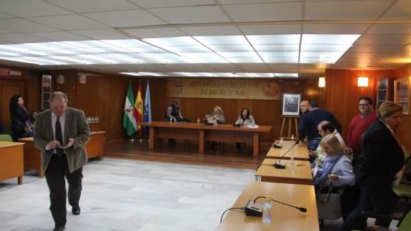 Todos Los Grupos Municipales De Almuñécar Se Unen Para Solicitar Medidas Urgente