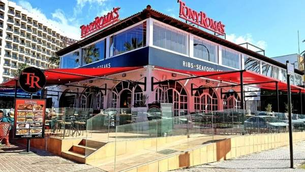 Resultado de imagen de Tony Roma's abre su mayor restaurante del mundo en Playa de Las Américas