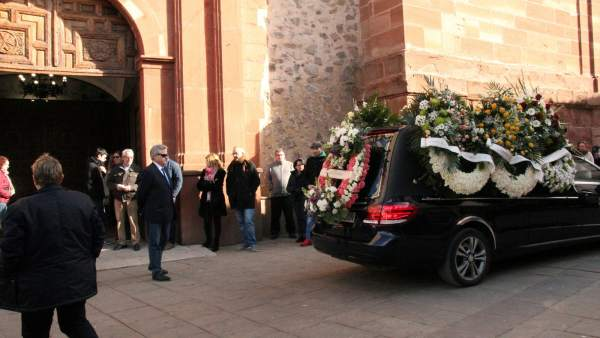 Coche fúnebre en Herencia