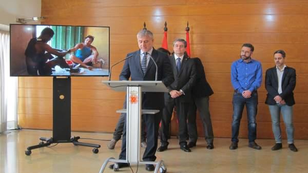 EL concejal, Jesús Pacheco, presenta la IX edición del Festival de cine IBAFF