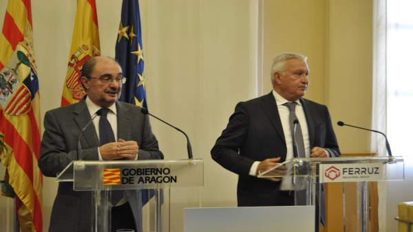 Javier Lambán y el presidente de Grupo Ferruz, José Luis Ferruz Pérez.