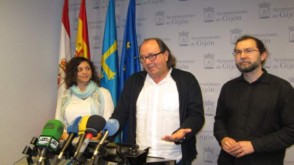 Tania Gonzzález, Eurodiputada Podemos, Mario Suarez Xsp Y Emilio Leon
