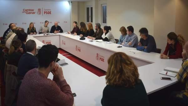 La Comisión Ejecutiva Regional del PSOE encabezada por Zuloaga
