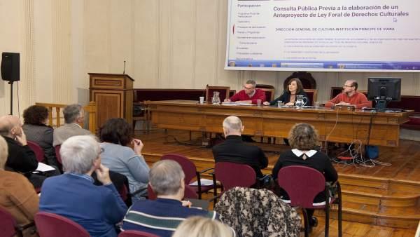 Herrera abre la jornada de presentación del anteproyecto de Ley Foral.