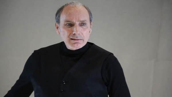 Eusebio Poncela en el papel de Bernarda Alba