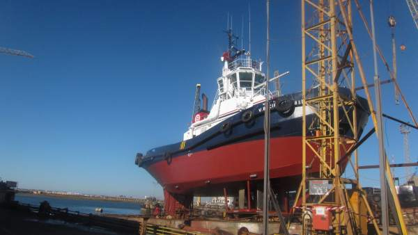 Barco de astilleros (Huelva).