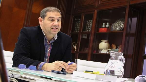 El presidente del Puerto de Huelva, José Luis Ramos.