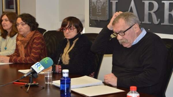 Las concejalas de SSPL y el abogado Fernando Merodio en rueda de prensa