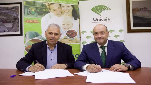 Acuerdo entre Unicaja Banco y la cooperativo El Grupo de Granada