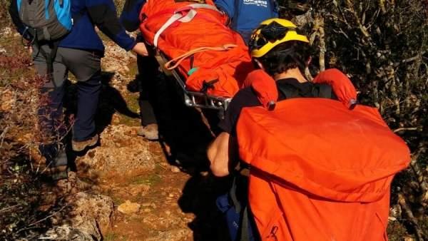 El CBPC rescata a una senderista herida en la Sierra de Líjar