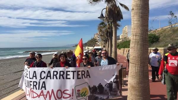 Marcha conmemoritiva de la 'Desbandá' en Adra