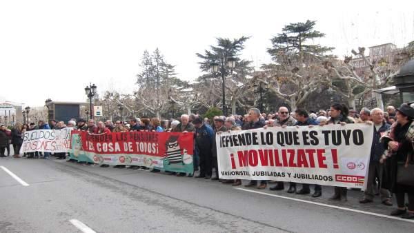 Concentración pensiones  dignas en Logroño