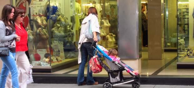 Renta 2017-2018: ¿Existen deducciones en la Declaración de la Renta por maternidad?