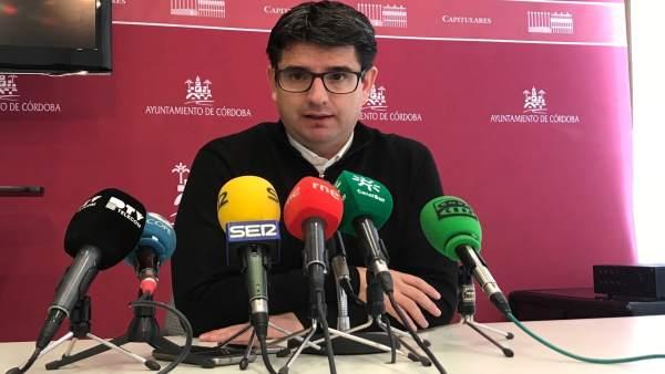 Pedro García en la rueda de prensa