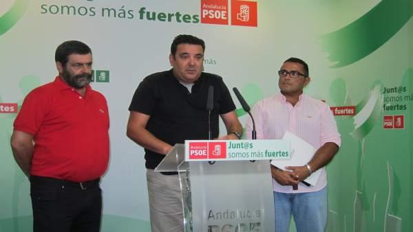 Los alcaldes de Tharsis, La Zarza Perrunal, y La Redondela, en rueda de prensa.