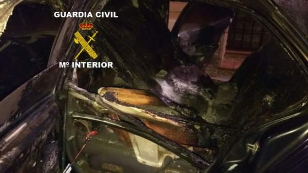 Estado en el que quedó el vehículo incendiado