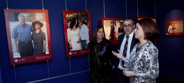 La exposición fotográfica 'Amantes en España', homenaje a los amantes de Teruel, visita Madrid