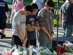 Vigilia tras el tiroteo de Florida