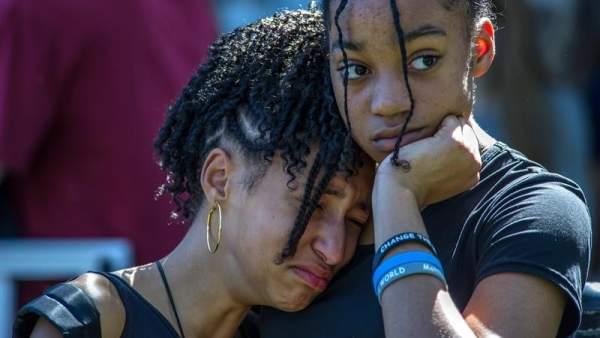 Vigilia tras la masacre en Florida