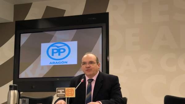El diputado del grupo parlamentario del Partido Popular, Fernando González.