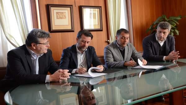Nota De Prensa Y Fotografia: Bibliotecas Convenio