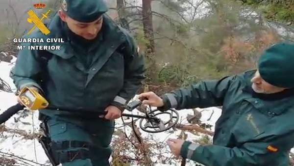Una patrulla del Seprona localiza el emisor.