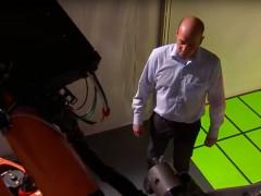 Volkswagen prueba un sistema de seguridad que evita accidentes entre personas y robots