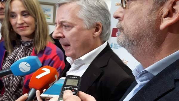 José Blanco, en el contacto con los medios de comunicación